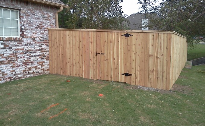 Broken Arrow Picture Frame Gate